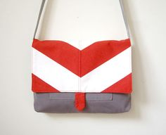vivid messenger bag