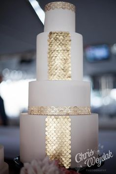 we ❤ this!  moncheribridals.com   #weddingcake #whiteandgoldweddingcake