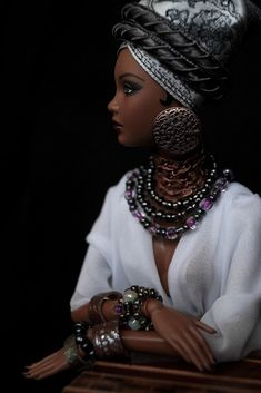 African Beauty, different view, by Maria Arcticfox Barbie Style, Barbie Y Ken, African Dolls, African American Dolls, Diana Ross, Beauty Photography, Most Beautiful Black Women, Diva Dolls, Beautiful Barbie Dolls
