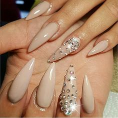 #nails #blingnails #stilettonails