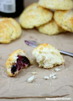 Eat Cake For Dinner: Biscones  - cross between a biscuit and a scone,,, how could you go wrong!