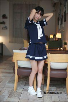 Cute School Uniforms, School Uniform Fashion, Japan School Uniform, School Girl Japan, School Girl Dress, Beautiful Japanese Girl, Beautiful Asian Girls, Cute Little Girl Dresses, Girls Dresses