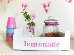 "Holzkiste ""Lemonade"" // Wooden box for ""Lemonade"" by Lena-und-Max via DaWanda.com"