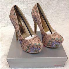 Nude Rhinestone Platform Heels NWT💯 🚫NO TRADE🚫 ❗️PRICE FIRM❗️ HAPPY POSHING 😘 Herstyle Shoes Heels