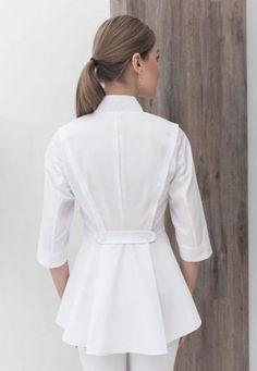 66 ideas medical doctor outfit fashion lab coats for 2019 Spa Uniform, Scrubs Uniform, Beauty Uniforms, Doctor Coat, Scrubs Outfit, Lab Coats, Medical Uniforms, Medical Scrubs, Winter Skirt