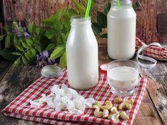 """Kókusz - kesudió """"tej""""  Vegital Rainbow készülékkeltovábbi növényi tej receptek itttaláltokA gépekről bővebben tudtok olv"""