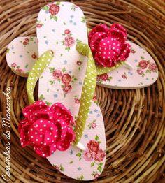 Sapato customizado com tecido florido by Customização & Cia