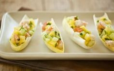 Pineapple Shrimp in Endive Leaves // This is a super tasty, no-cook appetizer... #healthy #appetizer #recipe