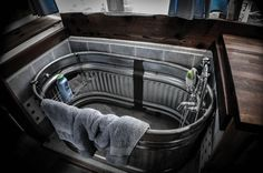 tiny house bathtubs | Published 2014/04/16 at 4928 × 3264 in Tiny House Conference 2014 .