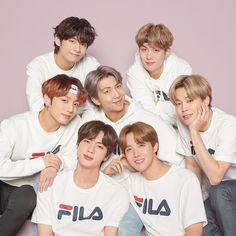 Hello there! Global super star BTS is the global model for FILA. Bts Jin, Bts Selca, Bts Bangtan Boy, Foto Bts, Bts Group Picture, Bts Group Photos, Namjoon, Bts Taehyung, Yoongi Bts