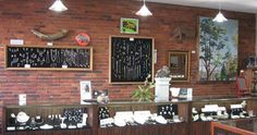 Farmington, ME - Mainestone is Franklin County's gem of a jewelry store. They strive to offer the highest quality jewelry. Their custom and traditional designs feature vibrant, natural gemstones locally mined in Maine and from around the world.