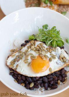 ... food blog: August 2011 restaurant reviews | recipes | travel | photos