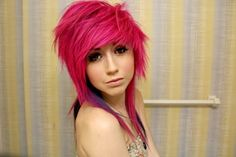 I want this so bad but in blonde. Does anyone know how I could get a haircut like it?