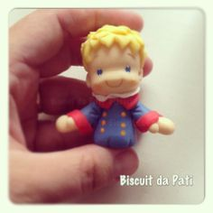 Little Prince Paper Clay, Paper Mache, Biscuit, The Little Prince, Making Out, Smurfs, Polymer Clay, Baby Shower, Cake Decorating