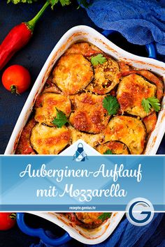 Auberginen-Auflauf mit Mozzarella Ingredients 750 g eggplant 1 onion 1 clove of garlic 200 g mozzarella 3 tablespoons olive oil 400 g canned tomatoes 20 g freshly grated Parmesan salt pepper dried oregano fresh basil Mozzarella, Vegetarian Recipes, Healthy Recipes, Evening Meals, How To Dry Oregano, Crockpot Recipes, Clean Eating, Easy Meals, Dinner Recipes