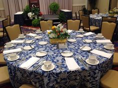 Summer Lunch  Set for Corporate Luncheon #havefunwithlinens