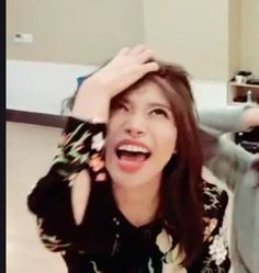 Meme Faces, Funny Faces, K Pop, Solar Mamamoo, Blackpink Memes, Love My Body, Reaction Pictures, Music Artists, Celebrities