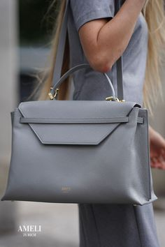 Discover our newest addition to the premium leather VIADUKT WORK collection: Slate Gray! A sophisticated and elegant addition to all your business outfits. Zurich, Work Today, Business Outfits, Hermes Kelly, Women Empowerment, Take That, Backpacks, Slate, Leather