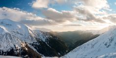 The Valley Winter Mountain, Mountain Landscape, Mount Everest, January, Mountains, Nature, Travel, Viajes, Naturaleza