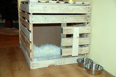 comfy pallet dog house