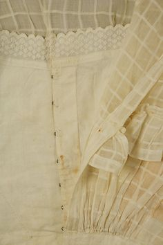 Front detail - Bodice. ca. 1860. American or European. Cotton.