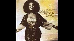 おはようございます。 今日2/10はロバータ・フラックの誕生日。 今朝の一曲は、グラミー賞3部門を受賞した1973年の大ヒット曲「やさしく歌って」(Killing Me Softly With His Song)。懐かしいですね。ロバータ・フラックは1984年の来日、ナベサダのバンドに参加した武道館コンサートで生歌を聴きました。