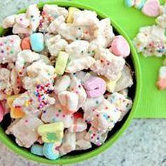 Lucky Rainbow Chex Mix - Soooo unhealthy but it just looks delish!