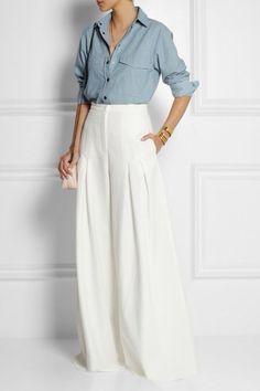 Pantaloni palazzo bianchi.
