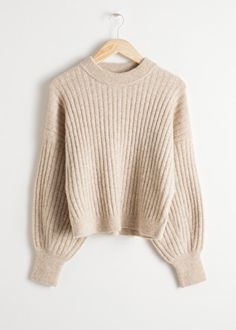 Alpaca Blend Knit Sweater - Oatmeal - Sweaters - & Other Stories Crewneck rib knit sweater in an alpaca and wool blend with dropped shoulder seams and cuffed balloon sleeves. Sweater Outfits, Fall Outfits, Cute Outfits, Big Sweater, Green Sweater, High Waisted Leather Trousers, Fashion Trends 2018, Fashion Brands, Fashion Designers