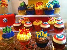 superhero-wedding-cupcakes