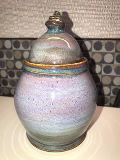 chun plum over blue rutile, palladium around rim Pottery Pots, Glazes For Pottery, Ceramic Pottery, Ceramic Glaze Recipes, Amaco Glazes, Hand Thrown Pottery, Ceramic Techniques, Pottery Classes, Pottery Designs