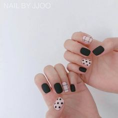 Minimalist Nails, Nail Swag, Stylish Nails, Trendy Nails, Nail Polish Designs, Nail Art Designs, Diy Nails, Cute Nails, Manicure Colors