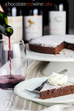 Need a dessert that's easy, yet complex, not too sweet, but totally addictive? This Chocolate Red Wine Cake is for you. Great Desserts, Delicious Desserts, Yummy Food, Fun Food, Healthy Food, Red Wine Chocolate Cake, Divine Chocolate, Chocolate Desserts, Cake Recipes