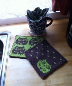 Dishcloth, Potholders, Owls, Knitting Patterns, Wordpress, Necklaces, Crochet, Blog, Threading