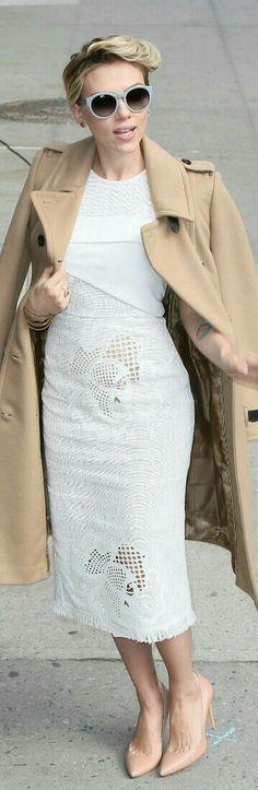 Scarlett Johansson in Roland Mouret Abersley White Dress / Celebrity Fashion