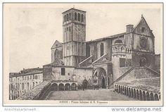 Assisi Piazza Inferiore di S.Francesco