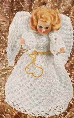 Free pattern.  Vintage Crochet Tree Top Angel Pattern