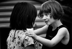 A maturidade emocional está intimamente ligada à capacidade de sentir empatia.