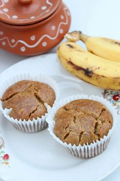 Easy and moist egg free banana muffins. These whole wheat banana muffins are perfect for quick breakfast, evening snack as well as healthy dessert. Eggless Banana Muffins, Nutella Muffins, Chocolate Muffins, Eggless Recipes, Eggless Baking, Baking Recipes, Egg Free Muffins, Vegan Lunch Recipes, Healthy Recipes