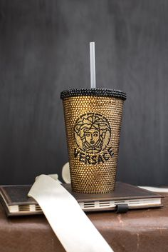 Crystal Products & Luxury, Unique Gifts by AmericanoCrystals Starbucks Coffee Tumbler, Custom Starbucks Cup, Tumbler With Straw, Types Of Girls, Custom Tumblers, Coffee Cups, Versace, Bling, Luxury