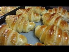 YouTube Bread Recipes, Cooking Recipes, Eid Food, Sweet Buns, Muffins, Morning Food, Bread Rolls, Dinner Rolls, Bread Baking
