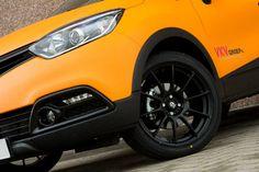 "Sparco Assetto Gara 18"" on Renault Captur #OZRACING #SPARCO #ASSETTOGARA #RIM #WHEEL"