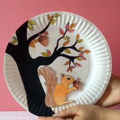 Fun #STEAM school project idea for kids to make. Get the FREE printable squirrel and acorn template to do this craft with kids. #thejoyofsharing #paperplatecrafts #kidscrafts #papercrafts #stem #scienceforkids #stemactivities #science #artsandcrafts #craftsforkids #preschool #kindergarten #craftsforkids #scienceproject #teachersfollowteachers #easycrafts #crafts #artprojects via @4joyofsharing