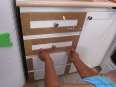 Here's how I did to transform my kitchen cabinets. First remove all the cabinet doors then measure and cut the beadboard wallpaper . to go shaker Shaker Style Cabinets Shaker Style Cabinets, Kitchen Cabinet Styles, Diy Kitchen Cabinets, Bathroom Cabinets, Modern Cabinets, Beadboard On Cabinets, Updating Cabinets, Style Shaker, Kitchen Dining