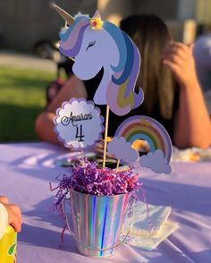 Discover recipes, home ideas, style inspiration and other ideas to try. 1st Birthday Girl Decorations, Rainbow Party Decorations, 2nd Birthday Party Themes, Birthday Party Centerpieces, Birthday Ideas, Diy Unicorn Birthday Party, Rainbow First Birthday, 4th Birthday, Rainbow Unicorn Party