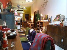 De Verwondering, Hoogbrugstraat 21 - De mooiste cadeaus vind je hier. Bijzonder. Houten zonnebrillen, items voor in huis uit het Oosten, uniek design!