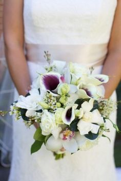 Really like this!!!!! White-and-Purple-Calla-Lilly-Bouquet - Bride really like this!!!!