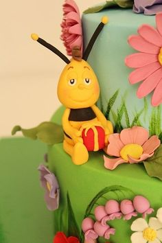 MAYA THE BEE BİRTHDAY CAKE
