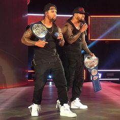 wwe #TheUsos have welcomed the #NewDay to the #UsoPenitentiary! #SDLive @uceyjucey @jonathanfatu 2017/06/07 10:30:16