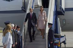 Kate Middleton - The Duke And Duchess Of Cambridge Tour Australia And New Zealand - Day 17